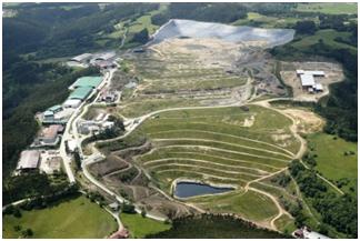 Foto aérea del vertedero donde se geoposiciona e identifica cada pozo
