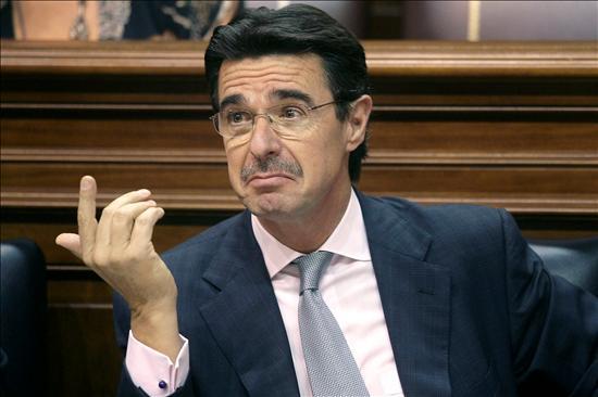 El ministro de Industria, José Manuel Soria en una foto del elcotarro.com